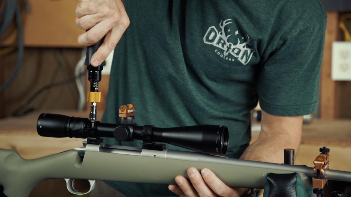 The Coomplete Guide to Mounting a Rifle Scope
